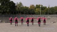 亿欧靓帅舞友群广场舞《一朵云在蓝天上飘过》原创舞蹈 表演 团队版
