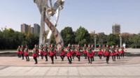 郑州南区阳光舞队广场舞 红马鞍 表演 团队版