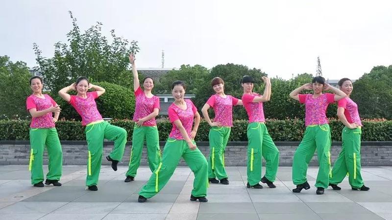 茉莉广场舞《丽江恋》原创爵士风格健身舞 附正背面口令分解教学演示