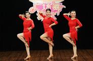 糖豆广场舞课堂《完美小姐》编舞范范 正背面演示及慢速口令教学