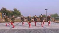 宿州祁县舞蹈队广场舞《乡里妹子进城来》原创舞蹈 表演 团队版