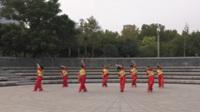 郑州阳光文艺团一队广场舞《北江美》原创舞蹈 正背面表演 团队版