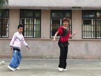 笑春风广场舞《宝贝宝贝我爱你》原创鬼步舞入门14步 正背面教学演示