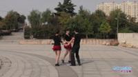 河南遂平舞者团队广场舞 马背上的情歌 表演 团队版