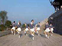 俏木兰广场舞《今夜好莱坞》原创舞蹈 团队正背面演示