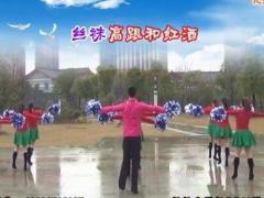 楠楠广场舞《我的大美妞》原创10人变队形舞 团队正背面演示