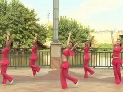 杨丽萍广场舞《我是否也在你心中》原创抒情形体舞 附正背面口令分解教学演示
