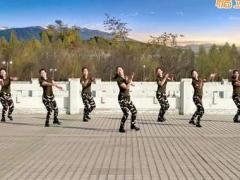 云裳馨悦广场舞《女兵走在大街上》编舞肖肖 附正背面口令分解教学演示