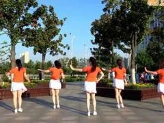 沭河之光广场舞《漂亮小妹》原创简单健身舞 附正背面口令分解教学演示