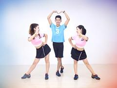 糖豆广场舞课堂《爱的主打歌》编舞范范 附正背面口令分解教学演示